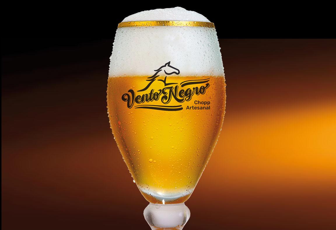 Fotografia de produto, criação de rótulos e marcas para cerveja