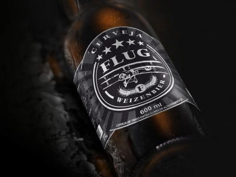Rótulo Flug Weizenbier e Thunderbolt Irish Red Ale, Schmitz-Zandoná Cia de bebidas, marketing cervejeiro